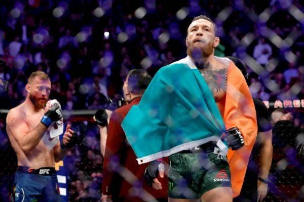 Kalahkan Cerrone dengan TKO Conor McGregor Hanya Butuh 40 Detik