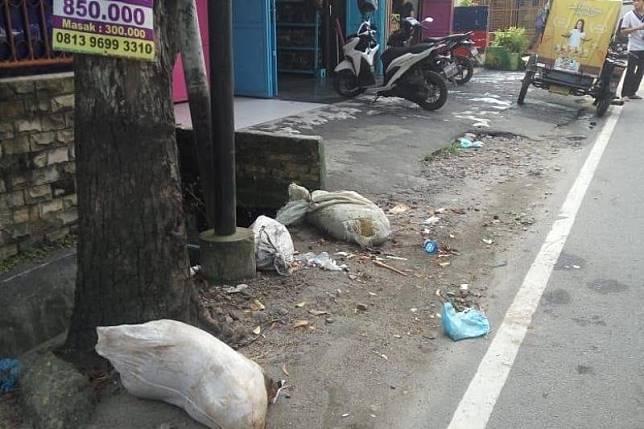Bangkai babi dibuang di Jalan Gedung Arca Kota Medan