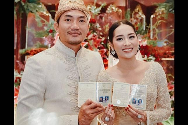 Niken Anjani resmi menikah dengan Adimaz Pramono