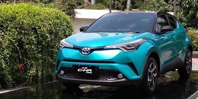 Toyota C-HR Hybrid (Otosia.com/Nazarudin Ray)