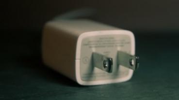 傳 iPhone 12 推出後 iPhone XR/11/SE 將停止提供充電器