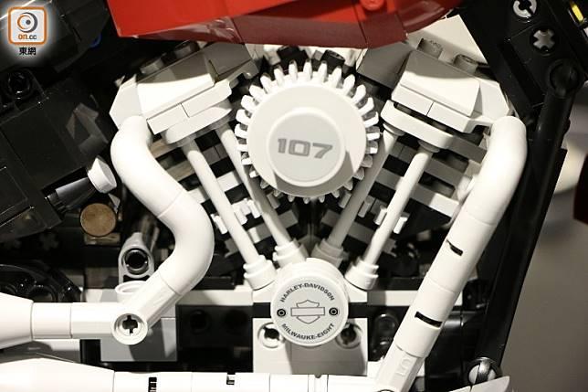 標誌性Milwaukee-Eight 107 Big Twin引擎,令人回憶其低頻聲音。(盧展程攝)