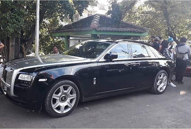 Rolls-Royce Ghost Series I milik Raffi Ahmad