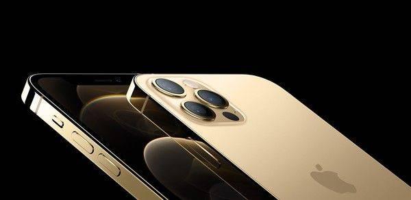 ▲全新的iPhone12系列新機今(14)日推出,不少果粉都相當興奮。(圖/Apple提供)