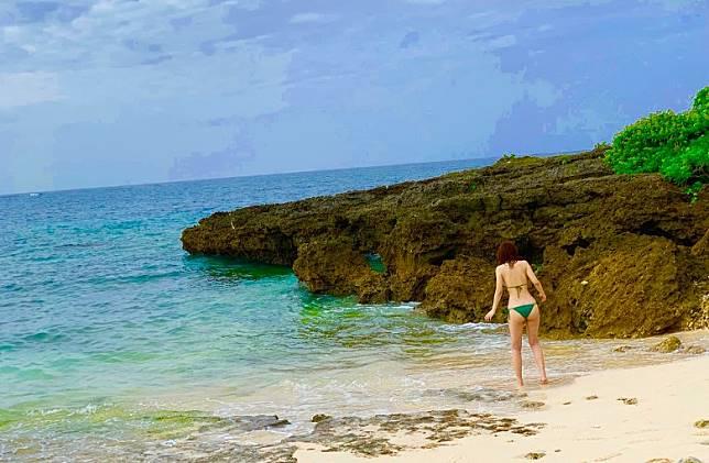沖繩擁有多自然美景,成為寫真集最佳的背景。(互聯網)