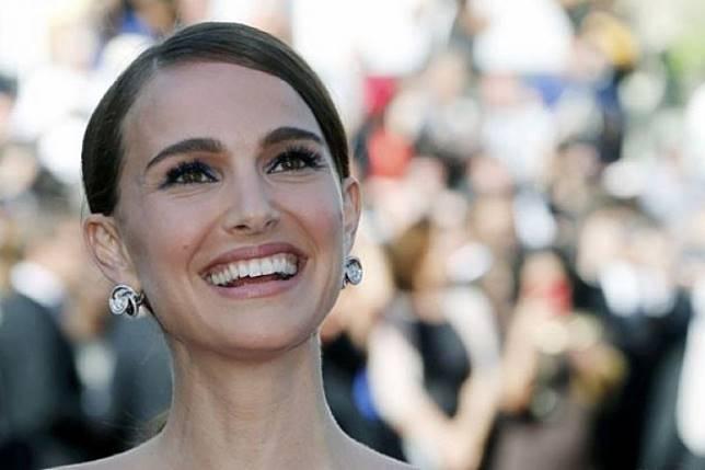 Natalie Portman kembali ke film Marvel sebagai Thor