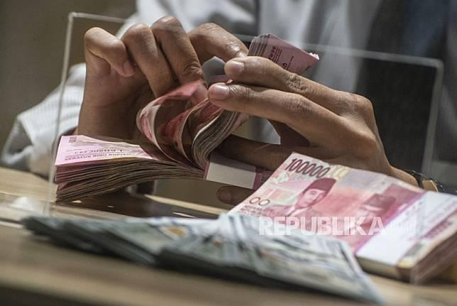 Bank Indonesia menaikkan status Indonesia dari middle income contry menjadi upper middle income country per Rabu (1/7). Kenaikan status tersebut diberikan setelah berdasarkan penilaian Bank Dunia terkini, gross national income (pendapatan nasional bruto) per capita Indonesia pada 2019 naik menjadi 4.050 dolar AS, dari posisi sebelumnya 3.840 dolar AS