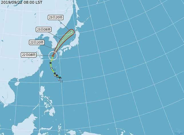 ▲輕颱「塔巴」持續往北北東方向前進,預計會通過日本、南韓之間。(圖/中央氣象局提供)
