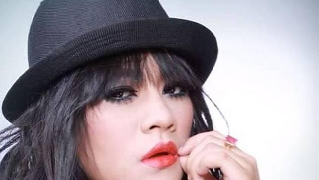 Yunita Lestari, janda Daus Mini (YouTube)
