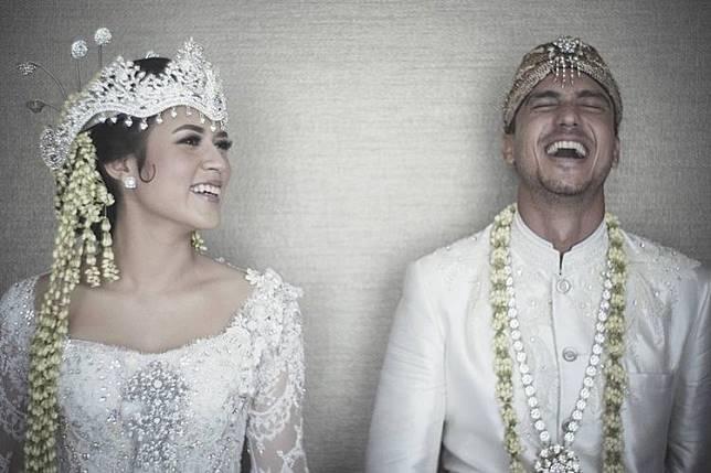 5 Artis Menikah dengan Mahar Mewah, Ada yang Sampai Milyaran Rupiah