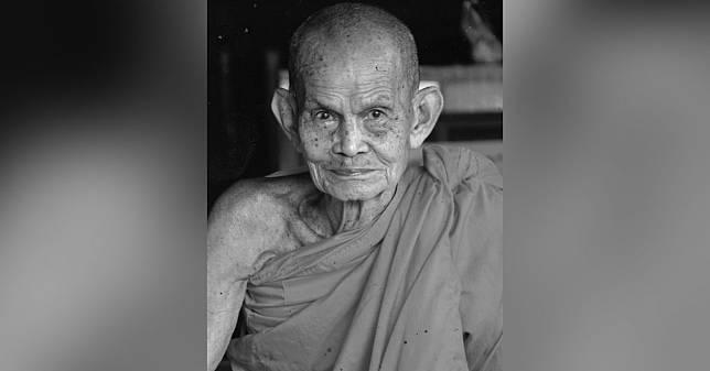 หลวงปู่นาม เจ้าอาวาสวัดน้อยชมภู่ ละสังขารอย่างสงบ สิริอายุ 98 ปี