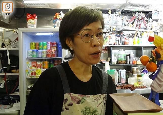 王小姐對政府公布的紓困措施持保留態度,認為無法解決核心問題。
