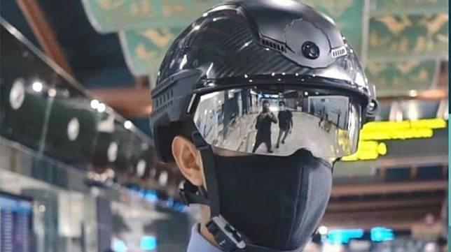 Helm petugas Angkasa Pura jadi sorotan (Angkasa Pura)