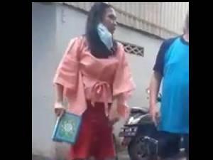 Viral, Wanita Makassar Ngaku Yahudi Banting Alquran