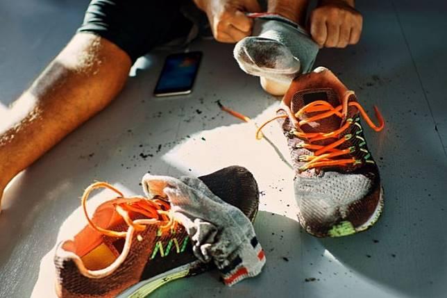 Anti Ribet! Ini Cara Simpel Mengusir Bau pada Sepatu