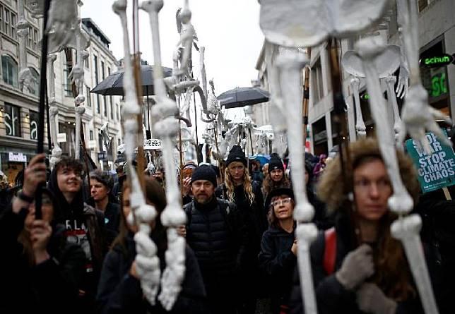 Kepolisian Inggris Memasukkan Greenpeace ke Daftar Ekstremis