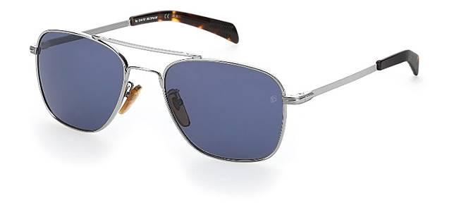 DB 7019太陽眼鏡以輕巧的金屬及不銹鋼打造,配以雙鼻樑及幼鏡臂。(互聯網)