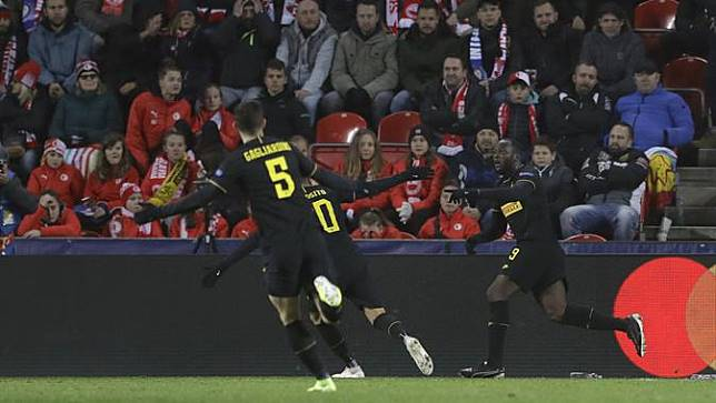 Lautaro Martinez 2 Gol, Inter Milan Bungkam Slavia Praha 3-1