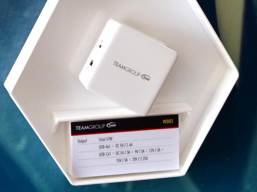 TEAMGROUP 十銓 T-FORCE 品牌大舉進攻 Computex,特殊造型 DDR4、可定址 RGB SSD 多種特色產品一同曝光