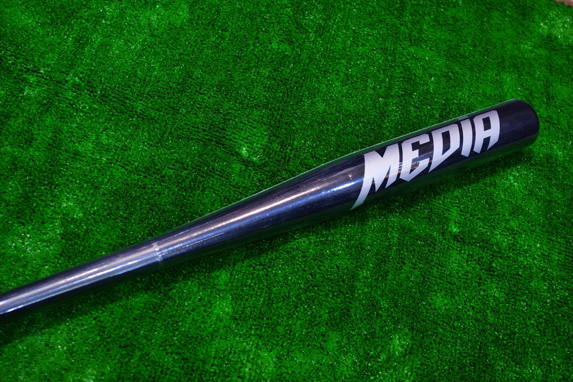 棒球世界全新MEDIA加拿大楓木慢速壘球棒 特價 5折黑色