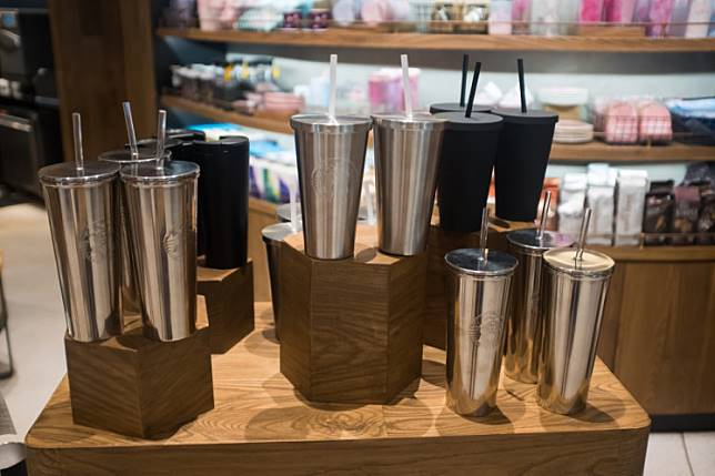 Starbucks Indonesia has launched other initiatives to reduce disposable cup usage, namely For Here glass and Bring Your Own Tumbler.