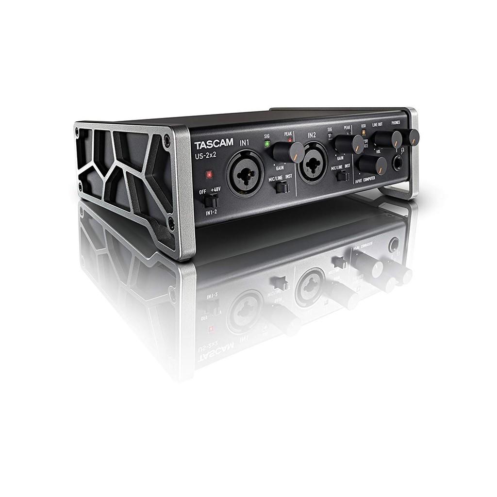 •搭載實現EIN-125dBu的Ultra-HDDA(High Definition Discrete Architecture)話筒前置放大器•支持最大24bit/96kHz格式的高分辨率錄音•支持