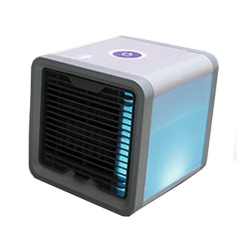 商品名稱:Arctic Air 迷你USB便攜帶燈冷風機 水冷扇 移動式空調容量/內容物:色號/規格:單一款式產品說明:1.具有制冷、加濕和空氣淨化三合一功能,風速可以三檔調節2.內置7種顏色LED氛