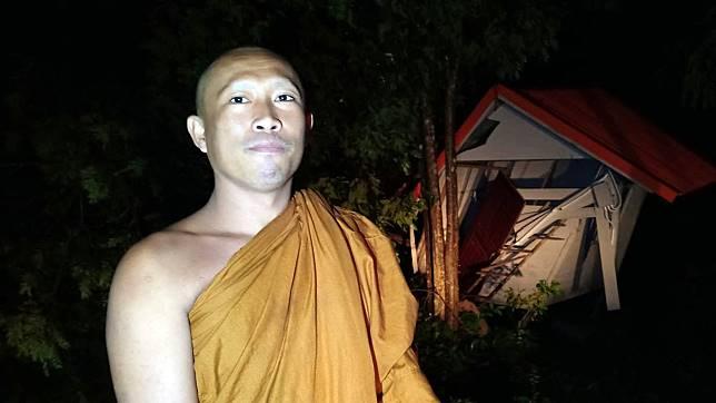 พายุหมุนพัดต้นไม้หักโค่น ทับกุฎฺพระเสียหาย จ.ปราจีนบุรี