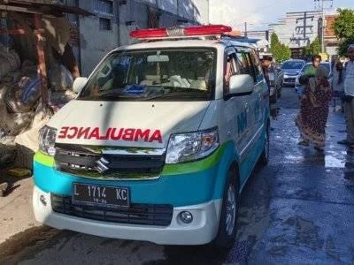 Bikin Terenyuh, Sopir Ambulans Sampai Nginap dengan Jenazah, Ditolak Warga Takut Corona