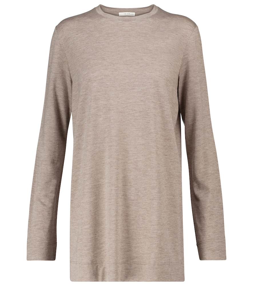 This season, our buyers have focused on long layering lines and supremely cozy materials - which is