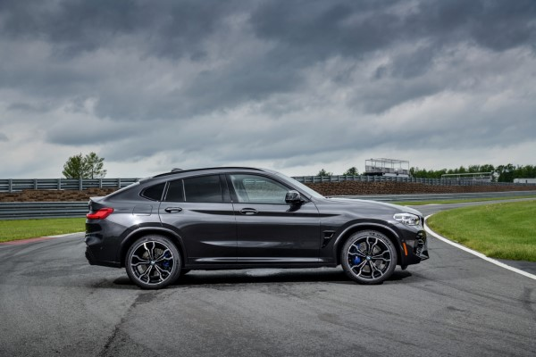 P90353606_highRes_the-all-new-bmw-x4-m.jpg