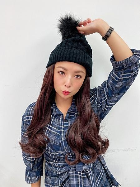 假髮又進化了,毛帽直接戴上,秒變長髮!