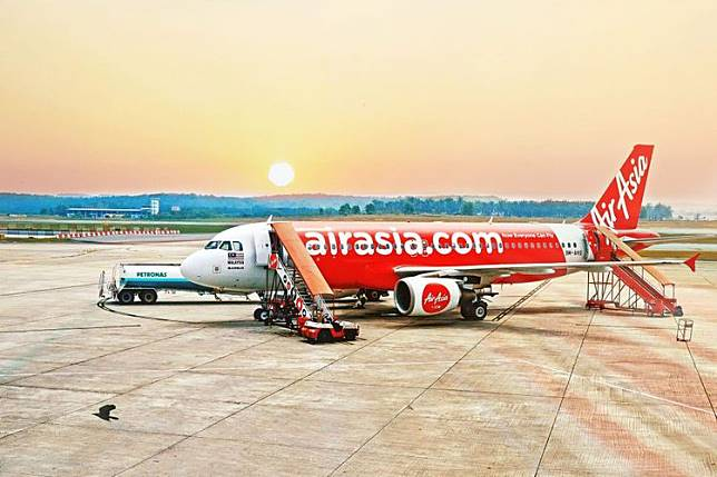 Mengapa Pesawat AirAsia QZ 535 Turun Cepat dari 34.000 ke 10.000 Kaki?