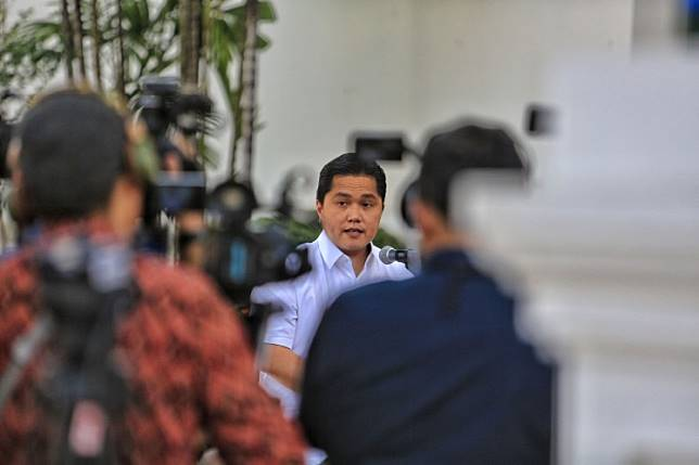"""SOEs Minister Erick Thohir unveiled recently that former Jakarta governor Basuki """"Ahok"""" Tjahaja Purnama, a close friend of President Jokowi, would lead an unnamed state energy company. Some reports link Basuki to state oil and gas firm Pertamina."""