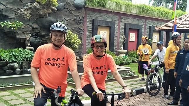 Sri Mulyani bersepeda santai rayakan Hari Oeang (Foto: Deny Liputan6.com)