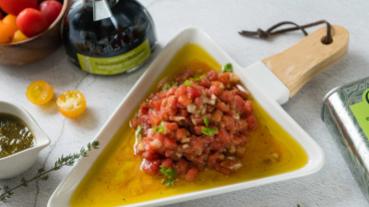 地中海料理防疫大作戰 青醬番茄莎莎脆餅美味又能增加免疫力