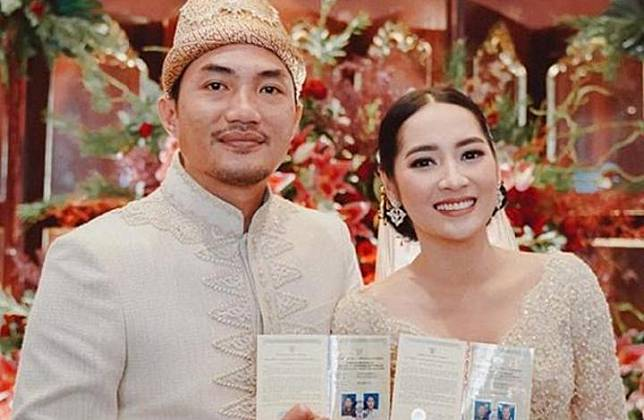 Niken Anjani resmi menikah dengan Adimaz Pramono. (Instagram - @nikenanjanii)