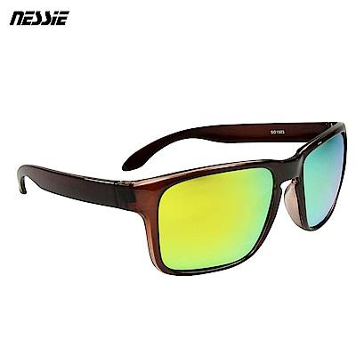 專業偏光鏡片 台灣製造輕量化設計,輕鬆舒適堅韌不易變形,舒適耐用防污、耐衝擊、抗紫外線抗UV台灣製造品質保證