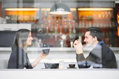 Rekomendasi Restoran untuk Kencan Berdasarkan Zodiak