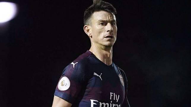 Bek Arsenal, Laurent Koscielny.