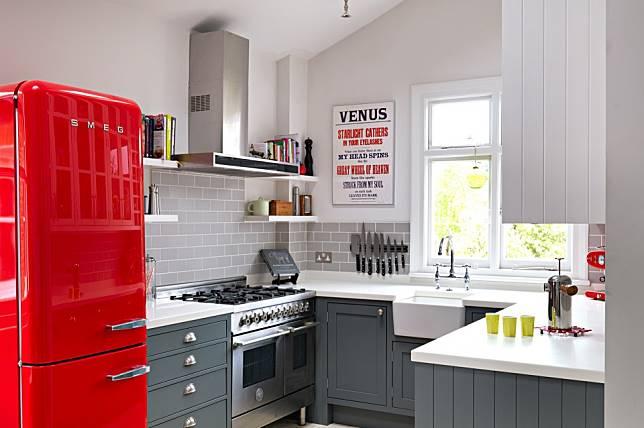 Sebuah Dapur Pasti Akan Selalu Ada Di Dalam Desain Rumah Ketika Rumahmu Tidak Cukup Besar Kamu Perlu Khawatir Dengan Memiliki Ukuran