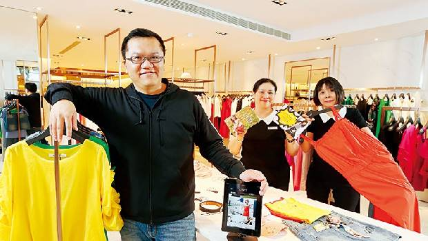 超級用戶時代》女裝店攻新零售 一場60歲店員的心戰!