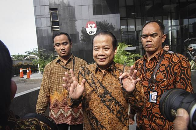The Corruption Eradication Commission (KPK) has detained House of Representatives deputy speaker and senior National Mandate Party (PAN) politician Taufik Kurniawan for alleged bribery in relation to the allocation of special allocation funds in the 2016 fiscal year.