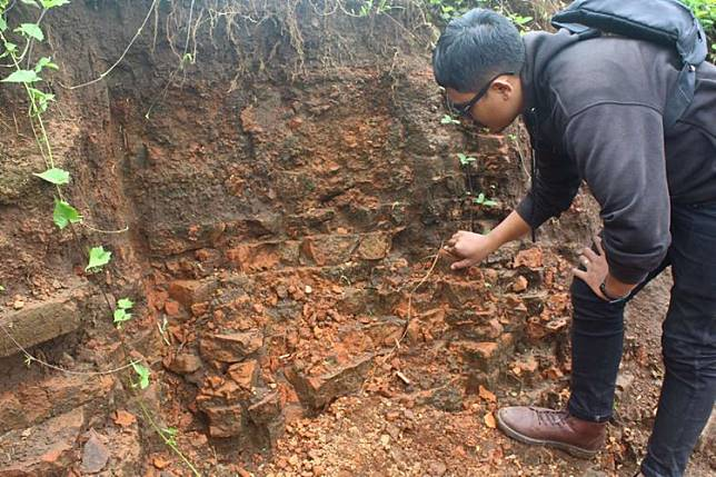 "5 Fakta Temuan Koin Emas Zaman Majapahit di Malang, Jadi ""Jarahan"" Warga hingga Dijual Rp100.000 per Koin"