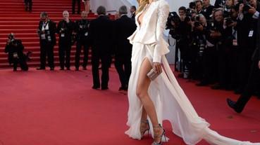 女明星穿高跟鞋走紅地毯也能輕鬆自如,原來就是靠這個秘密小物!
