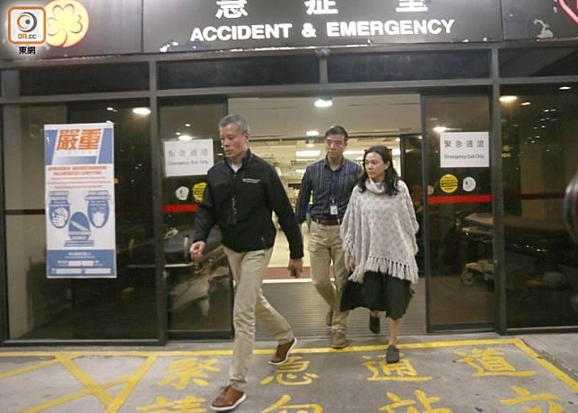 港島總區指揮官郭柏聰到醫院探望傷者。(馬竟峯攝)