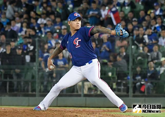 ▲世界棒球12強中華隊對上委內瑞拉,救援投手陳鴻文順利