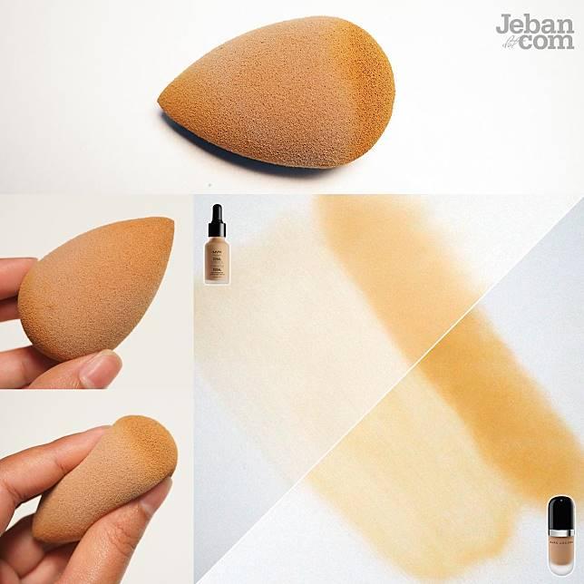 ฟองน้ำไข่ : เอมใช้วิธีการเกลี่ยให้รองพื้นบางเป็นผิว ส่วนตรงที่อยากปกปิดก็ใช้ก้นกดๆ เข้าไป ได้งานผิว 2 สไตล์ในอันเดียว เห็นชัดเลยว่าเมื่อใช้การกด มันเพิ่มการปกปิดได้เยอะมากกกจริง แต่ก็หมายความว่ามันกินรองพื้นเราไปมหาศาลเช่นกัน 555555