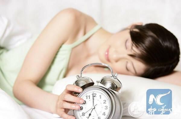 นอนดึก-อากาศหนาว-ขี้เกียจ:ผลสำรวจชี้ น.ศ.จีนเกิน 60% มีปัญหาในการตื่นเช้า
