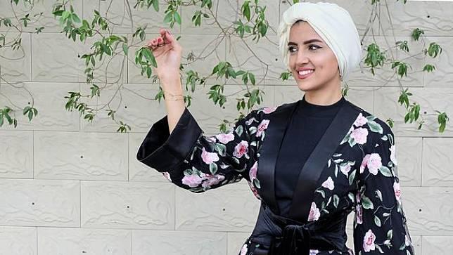 Tutorial Hijab Segi Empat Ala Turban Yang Fashionable Liputan6 Com Line Today